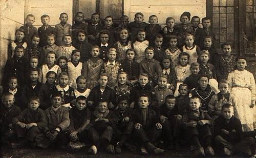 Skoljare u Keresture, 1943 rok