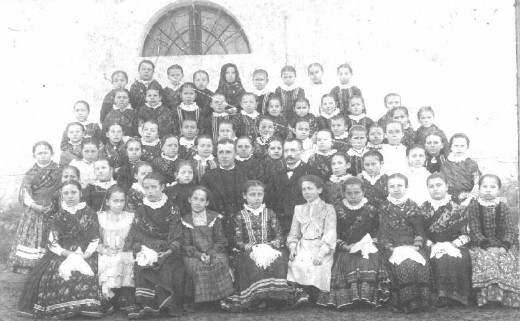 Pupils of school in Kerestur