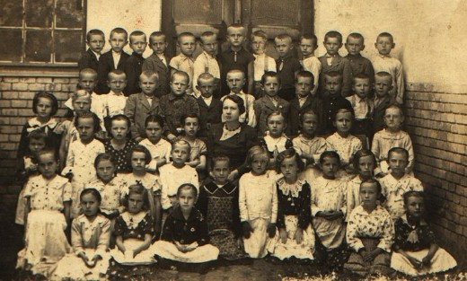 Pupils in Djurdjov