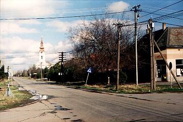Kocur, main street