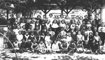 Kindergarten in Kocur (1938)